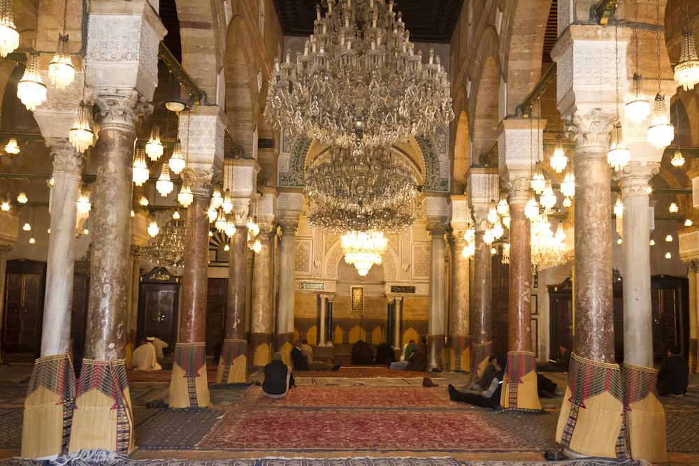 Salle_de_prière_de_la_mosquée_Zitouna