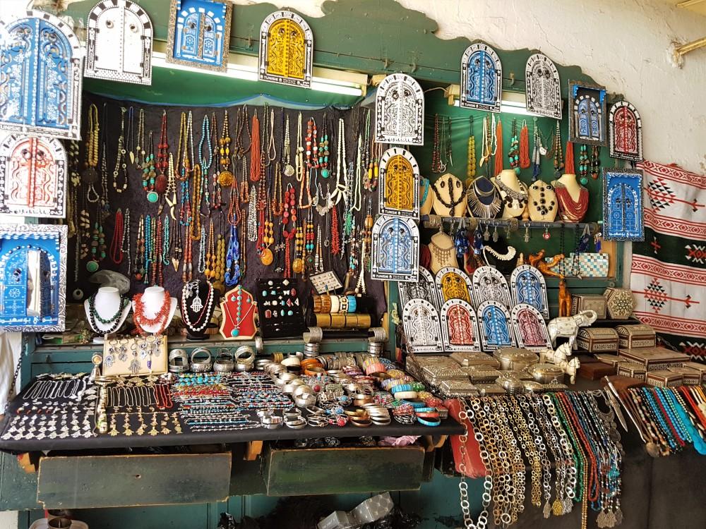 souvenirs-artisanal-souk