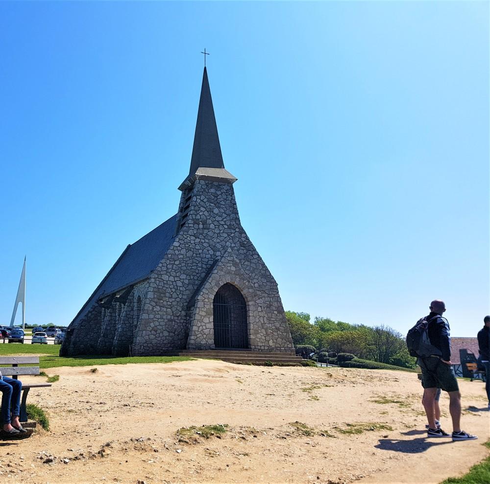 chapelle_falaises_amont